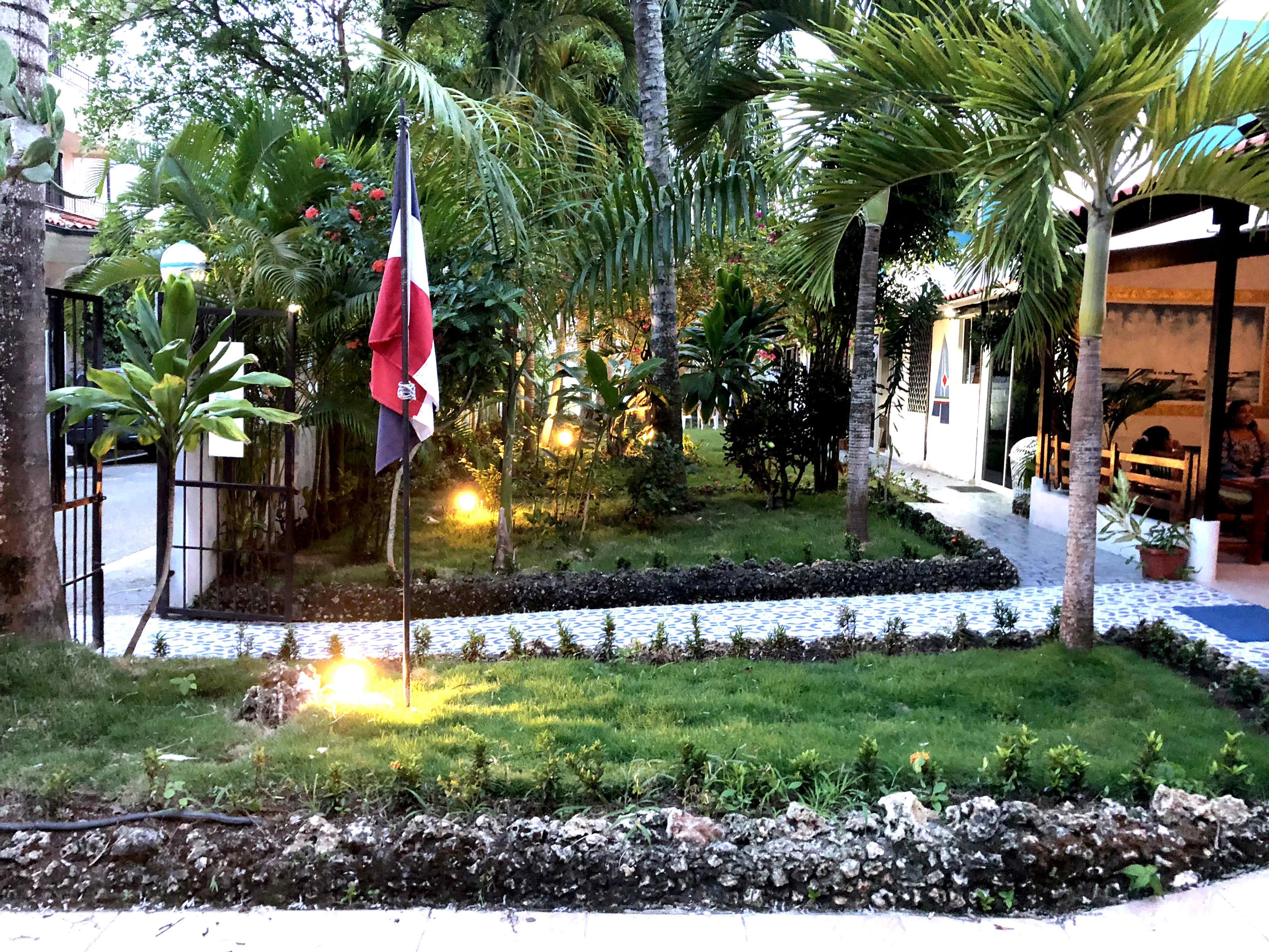 Aparta Hotel Azzurra jardin